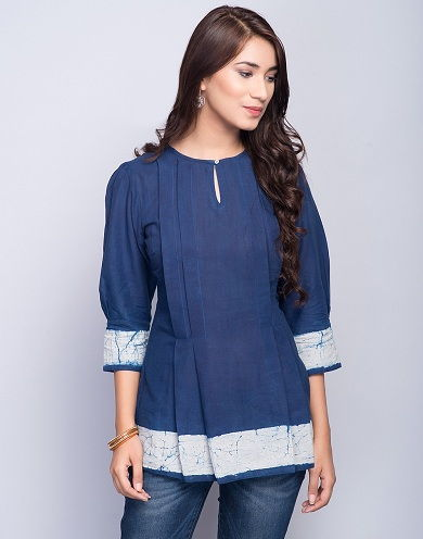 257098992cd Key Hole Short Kurta. This is a very elegant short kurta for jeans.