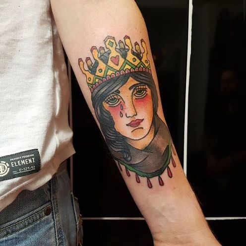 Crying Queen Tattoo on Hand Design