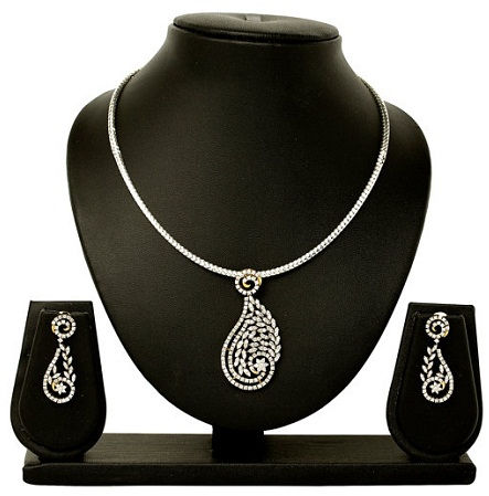 Simple and enticing necklace set -17