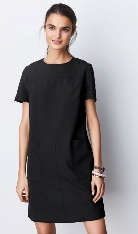 637fda73c88 30 Different Models of Black Dress Designs for Women