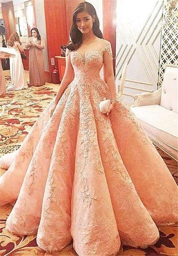bc75b3857f70 45 Trendy Engagement Outfits that are Jaw Dropping