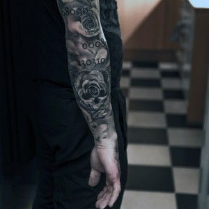 70 Rose Tattoos That Will Make You Reallllly Want a Rose Tattoo