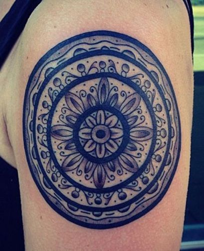 celtic Round Tattoo