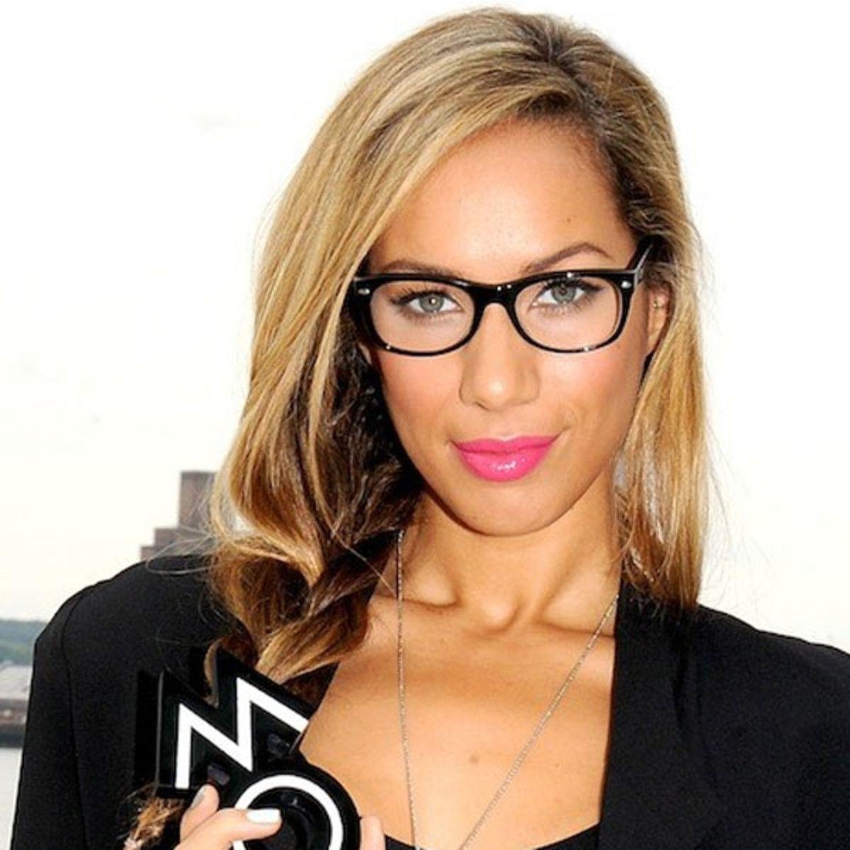 Q: What Makeup Should I Wear With My Glasses?